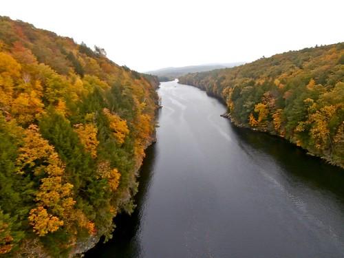 autumn view massachusetts autumncolors gorge connecticutriver mohawktrail erving frenchkingbridge ahobblingaday