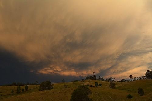 sunset sky storm night landscape countryside australia nsw australianlandscape cloudscape sunsetclouds lastlight mammatus northernrivers sunlitclouds australianweather therebeastormabrewin departingstorm australianstorms mackellarrange