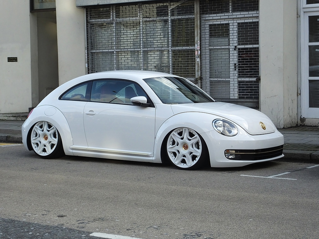 Who Designed The Vw Beetle >> Custom Bug | 2012 Volkswagen Beetle Design Tdi S-A