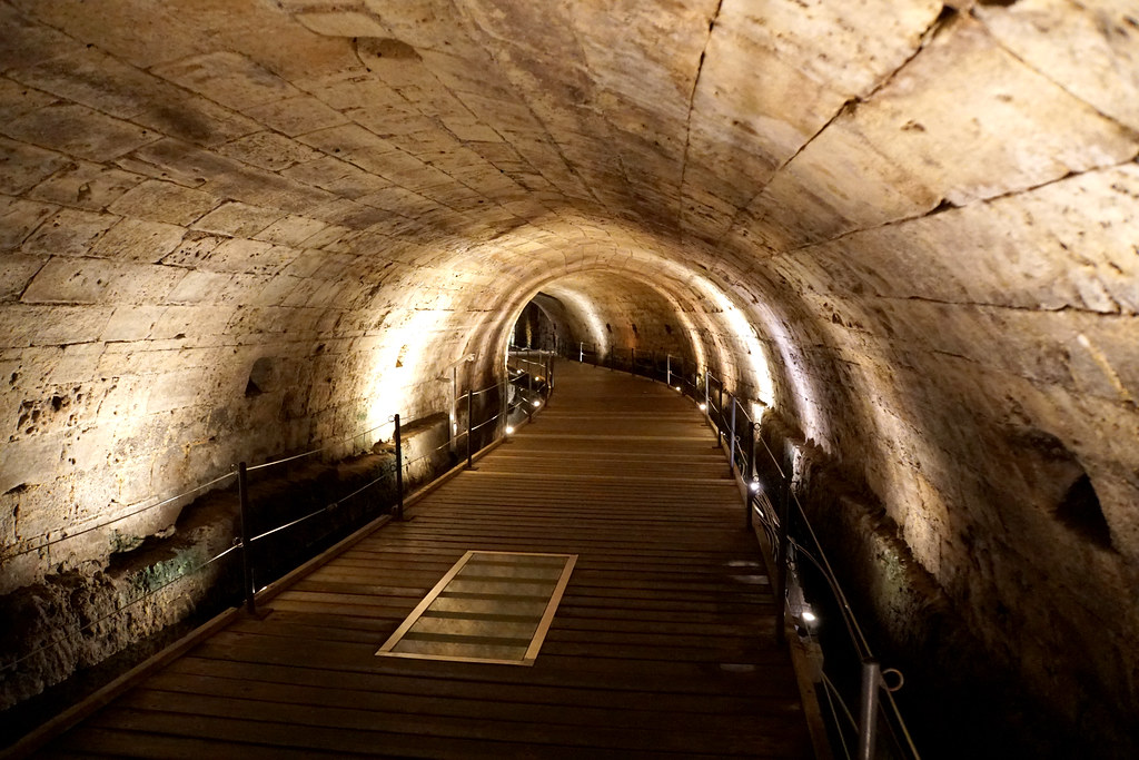 Israel-05139 - Entering the Templars Tunnel