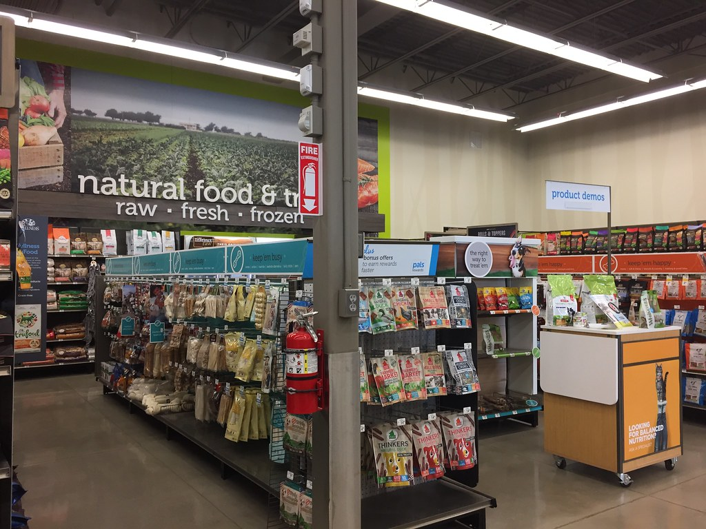 Petco interior | Petco #3821 (12,500 square feet) 6720 Fox C… | Flickr