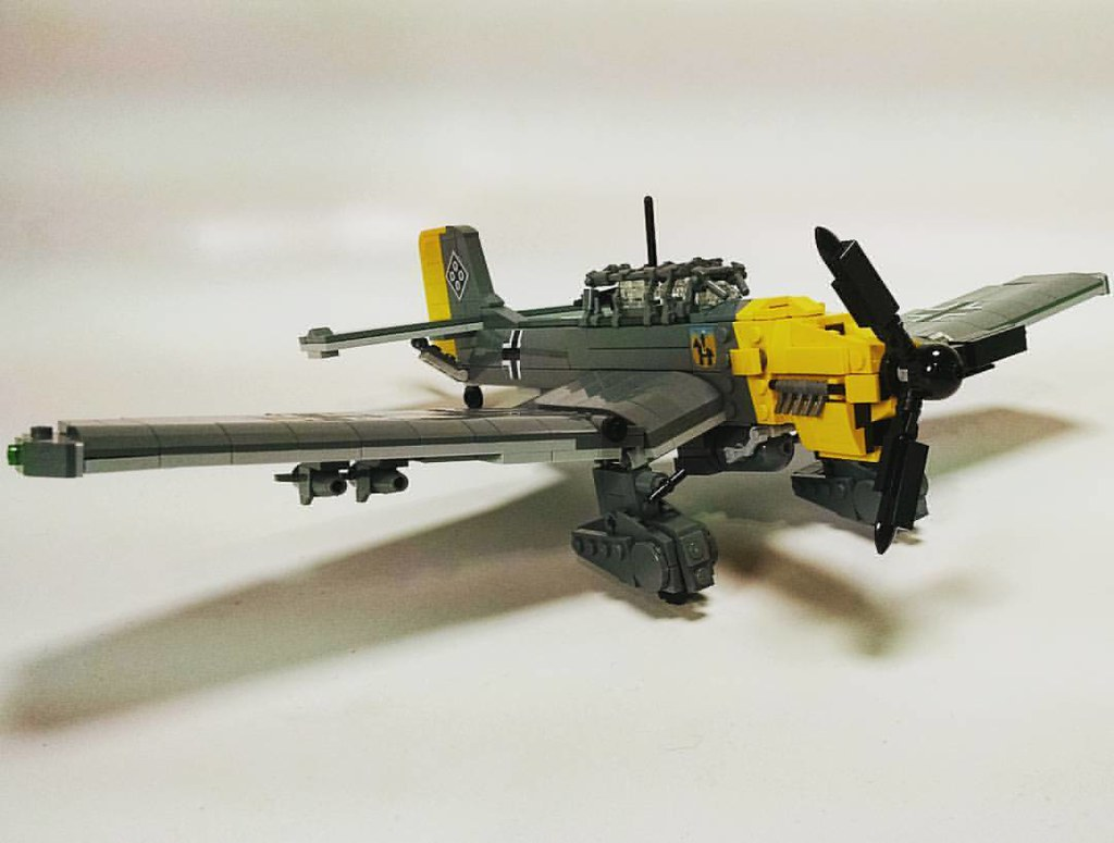 Surprise! Ju-87 B Stuka! #brickmania #brickarms #lego #cus