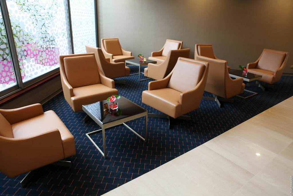 Emirates Opens Luxury Refurbished Lounge inParis Charles de Gaulle Airport