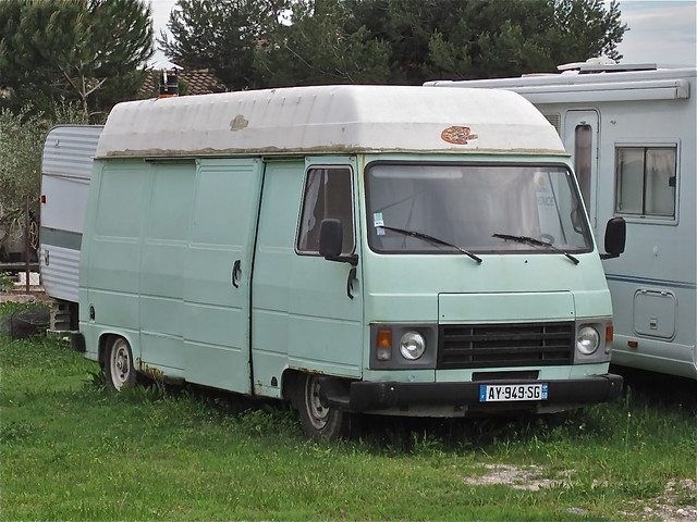 PEUGEOT J9 Mobile-home, early 80s