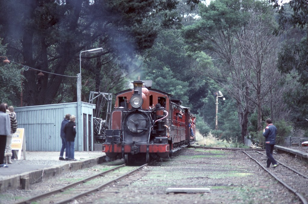 14A at Menzies Creek by Alan Greenhill