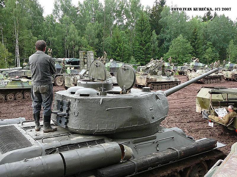 T-34 85 (3)