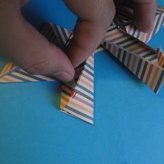 วิธีการพับกระดาษเป็นโบว์หูกระต่าย 026