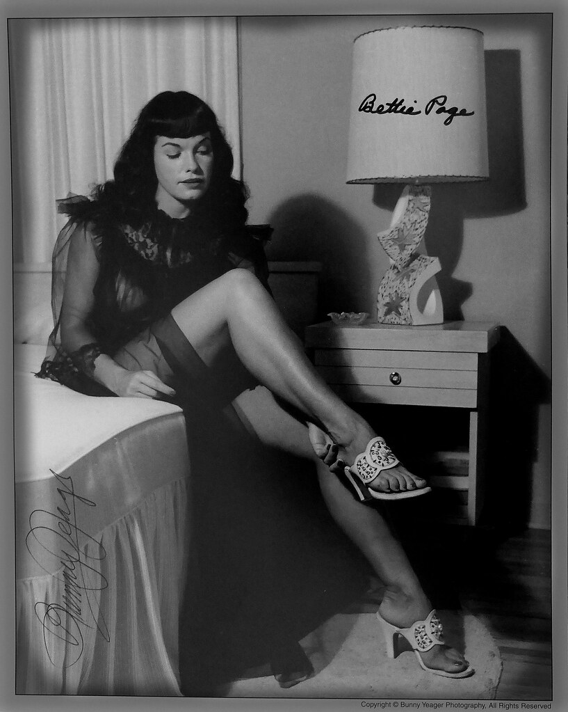 Bettie Page & Bunny Yeager autographs | Bunny Yeager was a