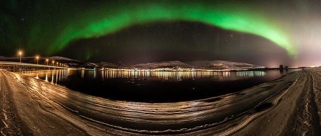 Aurora panorama from Håkøya, Tromsø.