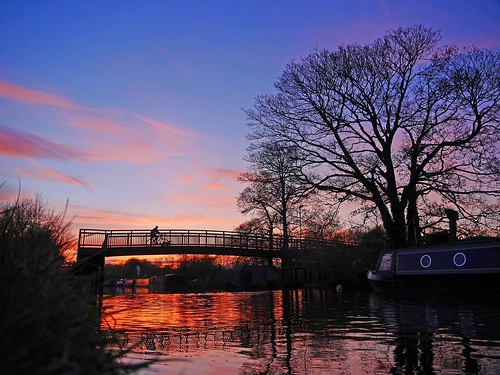 canals bridges water sunset