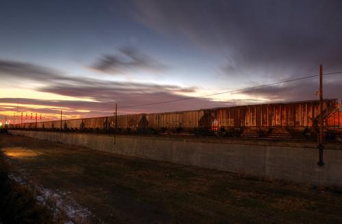 sunset birmingham alabama birminghamalabama al railroad park train trains railroadpark downtown urban rail