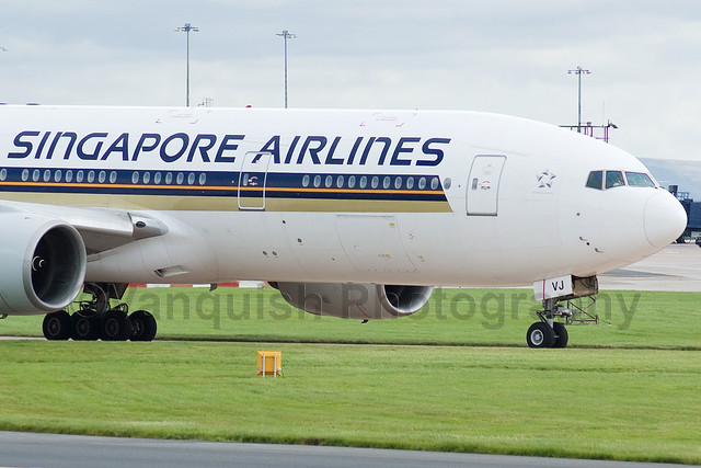 9V-SVJ Singapore Airlines B777-200 Manchester Airport Archive