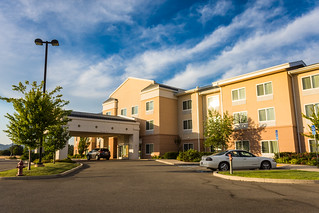 Fairfield Inn Marriott - Redding, CA | by m01229