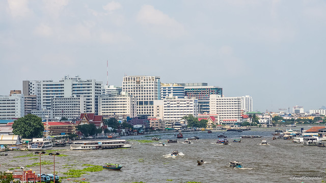 Chao Phraya River, business as usual