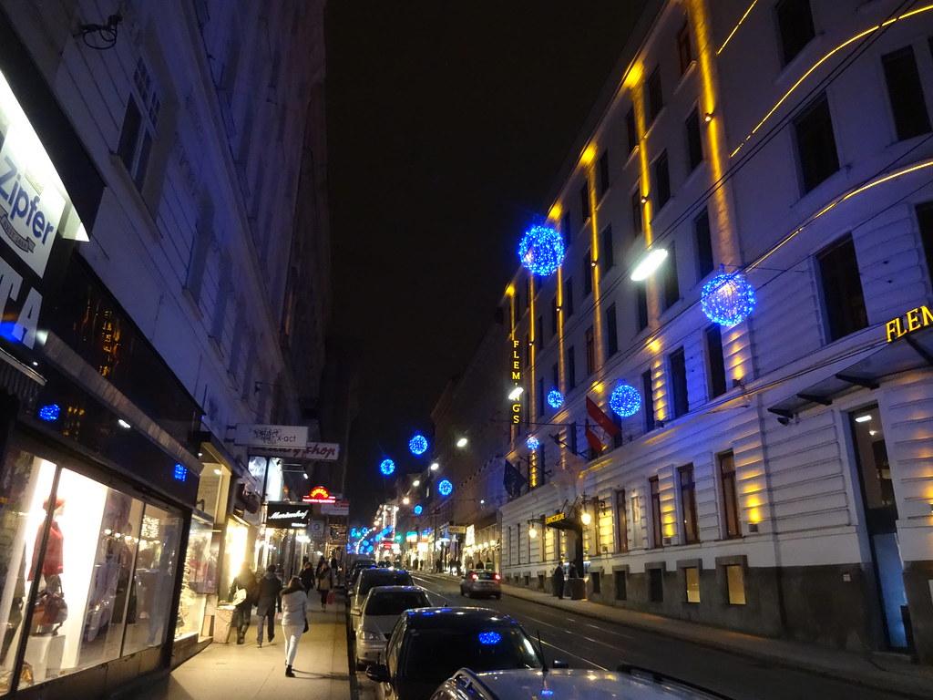 Wien 8 Bezirk Josefstädter Straße Larte Delle Facciat Flickr
