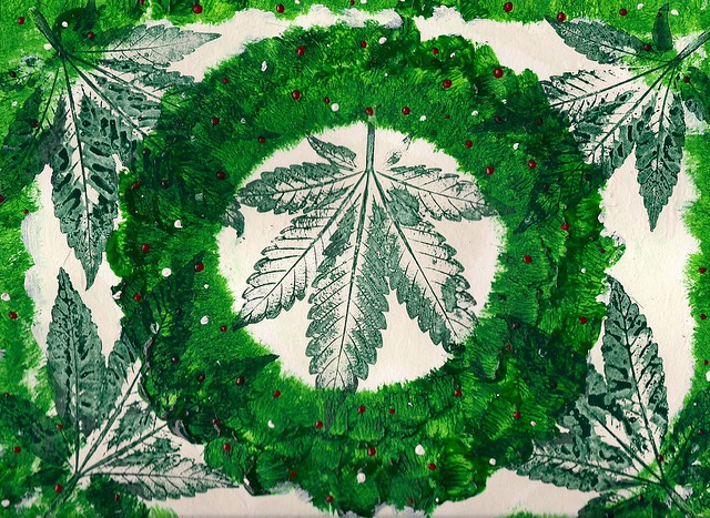 Cannabis Country Christmas Garland - 2013