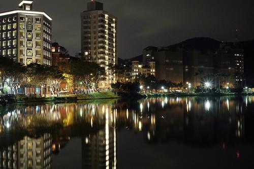 taipei taiwan landscape lake night nightview water fujifilm xf35 xt1 light 碧湖公園 台北市
