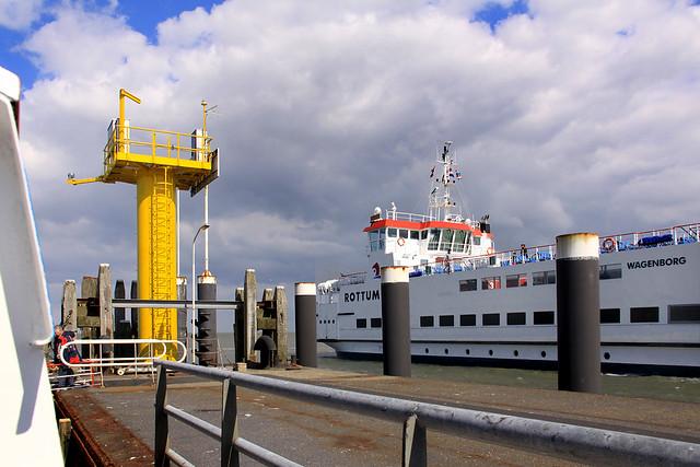 Schiermonnikoog: ferry dock