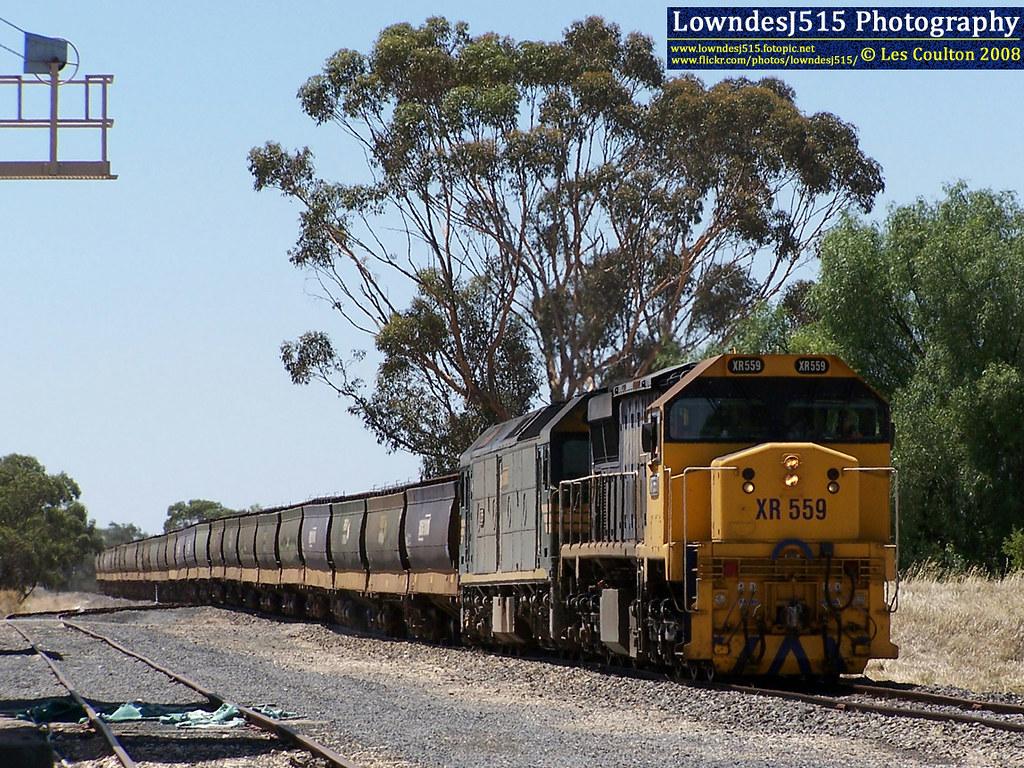 XR559 & G526 at Brim by LowndesJ515
