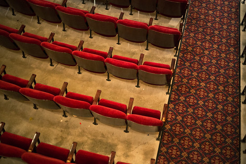 red minnesota empty walkway seats redwing sheldontheatre