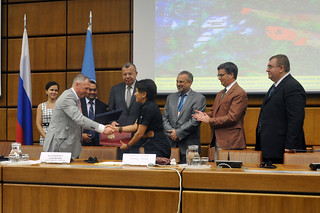 Signing of the agreement between  the United Nations Office for Outer Space Affairs and the Ministry of the Russian Federation for Civil Defense, Emergencies and Elimination of Consequences of Natural Disasters