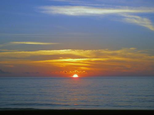 Sunrise in Nags Heada | by toritoons