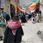 Viajefilos en el Mercado de Tarabuco, Bolivia 15
