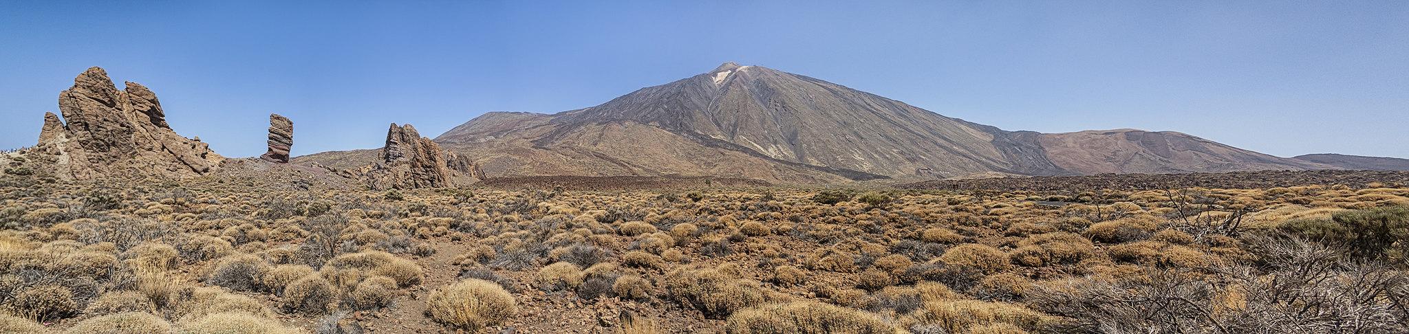 Panorámica a los pies del Teide, por Sergio Pérez Algaba