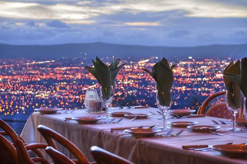 mthamilton grandview siliconvalley sanjose restaurant outlook bokeh hdr 1xp raw nex6 sel55210 photomatix fav50 sanfranciscobay