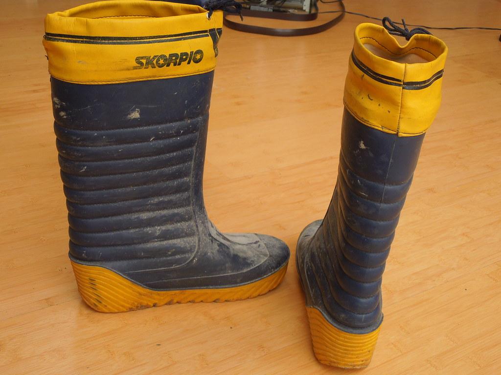 sports shoes 48fde e84db Scorpio Moonboots Gummistiefel Größe 42 | ...passen locker m ...