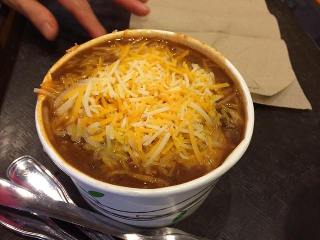 日, 2014-02-02 14:20 - Chili Soup at Big Billie's Restaurant