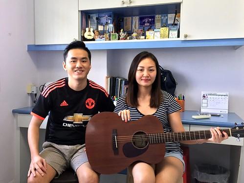 Beginner guitar lessons Singapore Sophie