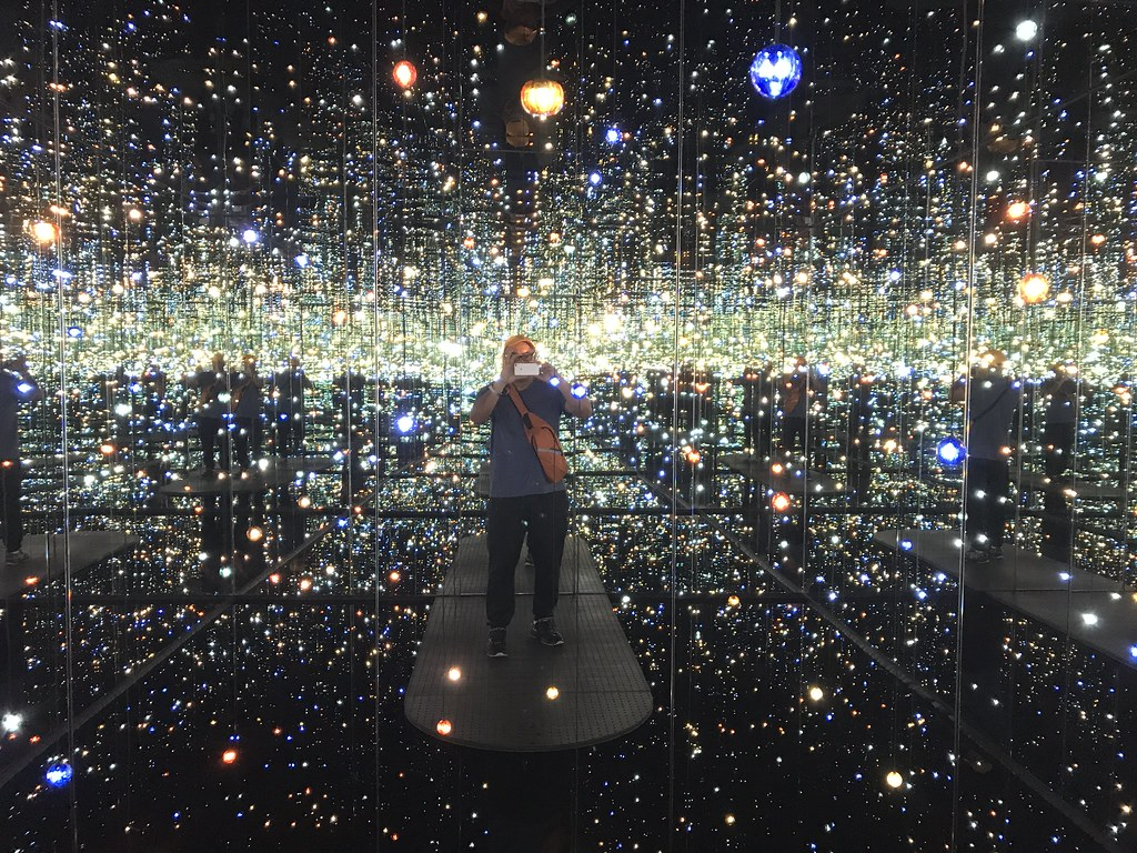 Yayoi Kusama | Infinity Mirrored Room - The Souls of Million… | Flickr