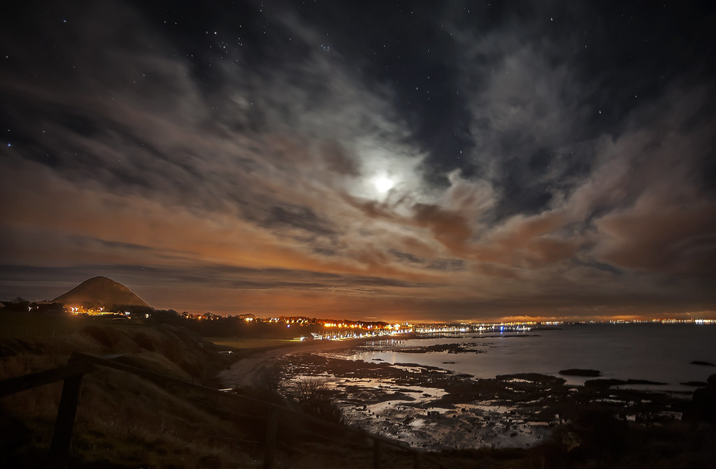 Moonscape over North Berwick