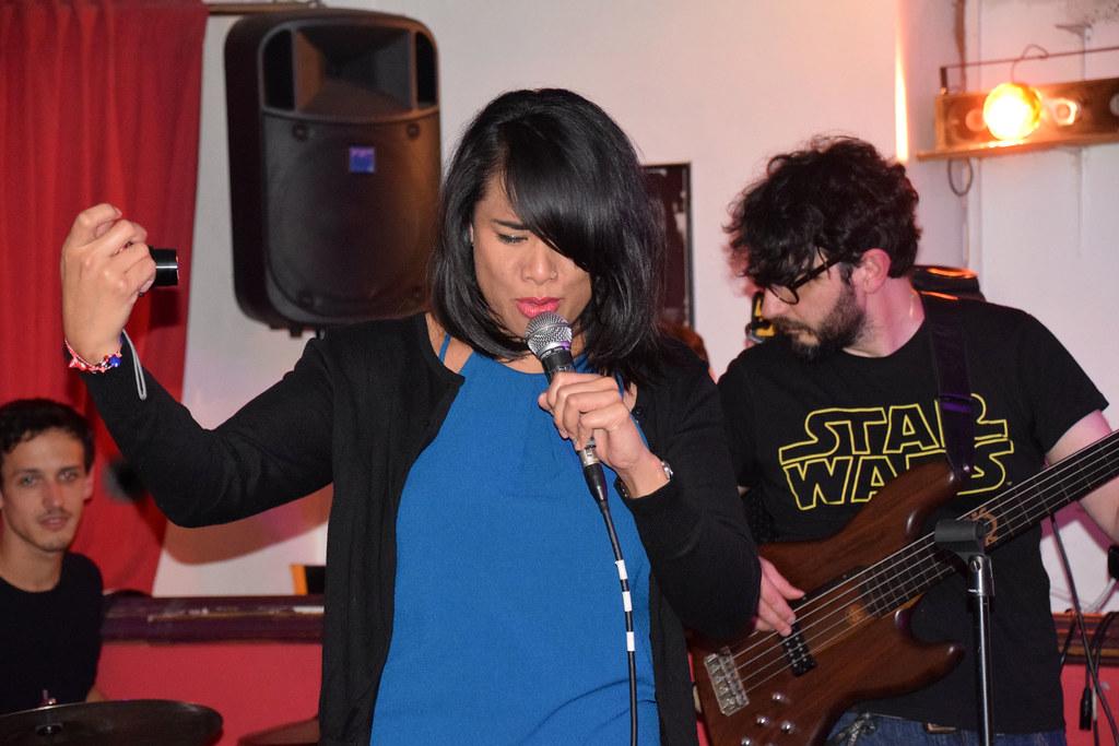 DSC_5536 Troy Bar Hoxton Street Shoreditch Wednesday Night Jazz Band with Vocalist