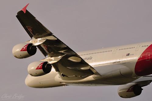 nikon australia melbourne victoria airbus a380 70300mm qantas departure takeoff tullamarine davidwarren superjumbo melbourneairport superheavy qantasa380 afs70300mm a380842 nikond5000 vhoqi afs70300mmf4556gedifvr qantasa380melbourne
