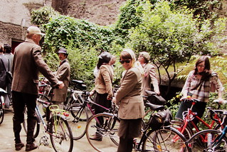 Edinburgh Harris Tweed Ride 2013 - retrieving our bikes from the hidden court yard