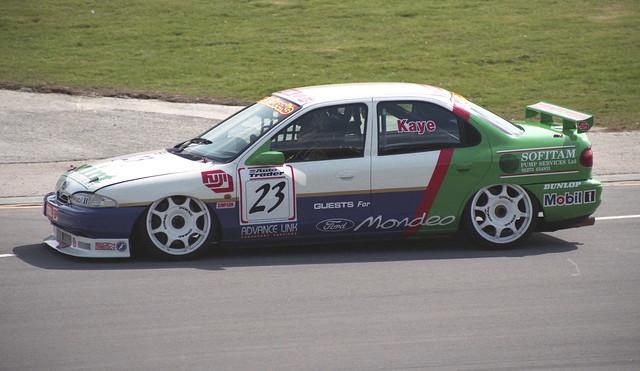 Richard Kaye - Mint Motorsport - Ford Mondeo Ghia