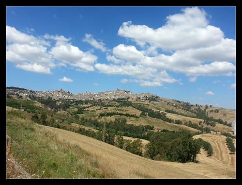blue sky panorama verde green clouds landscape town nuvole village blu samsung cielo sicily sicilia paesaggio caltagirone paese flickrsicilia samsunggalaxys3
