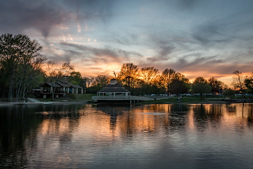 ohio gazebo water northohio berea sunset coelake bereaoh wideangle nature lighting outdoors canon landscape 70d