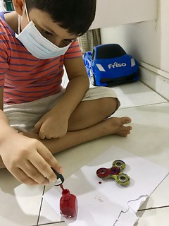 Making of customized Fidget Spinner   by RainbowDiaries Blogsite Singapore
