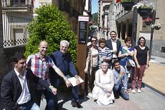 desde la izquierda Roland, Antton, Carlos, Merche, Amaia, José, Gemma de pie y Enar y Roland agachados.