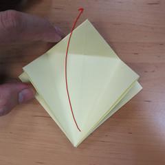 วิธีพับกระดาษเป็นดอกกุหลายแบบเกลียว 009