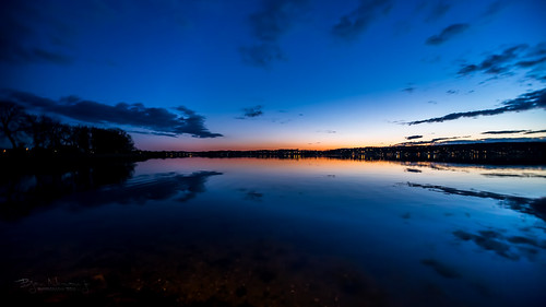 blue sunset sky orange reflection silhouette norway clouds mirror nightshot blues clear bluehour blueandorange tønsberg vestfold visitnorway nesbåthavn normannphotography