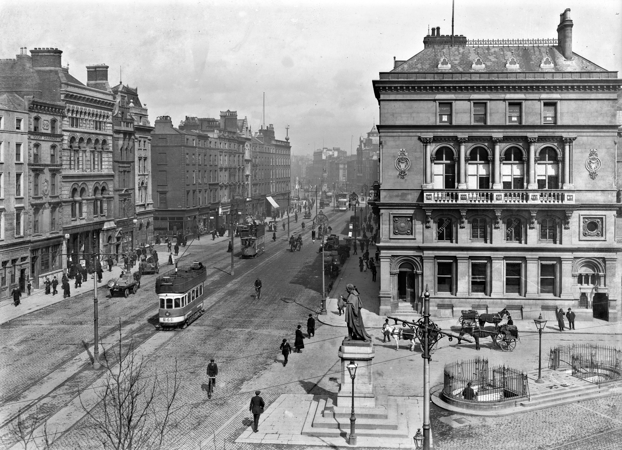 Westmoreland Street (looking to O'Connell Bridge, including a tram), Dublin City, Co. Dublin
