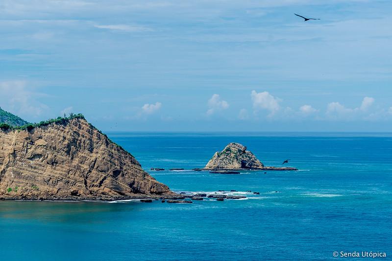 Horno de pan, islote ubicado al norte de Ecuador en la playa Los Frailes, un lugar alucinante.