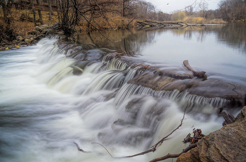 waterfall spillway dam blurred nature lake river cascade landscape scenic water bronxriver falls sony
