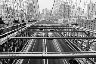 #brooklynbridge #NYC #newyorkcity #newyork #manhattan #brooklyn #urban #urbanlife #traffic #bridges #cityscape #cityscapes #fujifilm #fujifilm_xseries | by kayficht