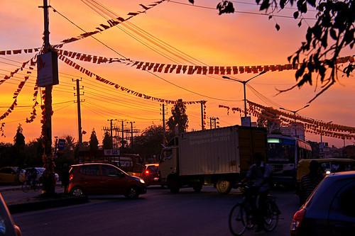 street sunset sky india beautiful chaos traffic bangalore busy karnataka sonyalpha