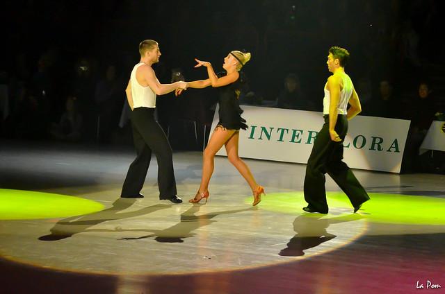 Compagnie D'PENDANSE - Katrina PATCHETT, Silvia NOTARGIACOMO, Christian MILETTE, Maxime DEREYMEZ - La danse fait son show à Bercy 2014
